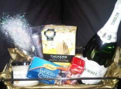 Romantic Lunch Gift Basket